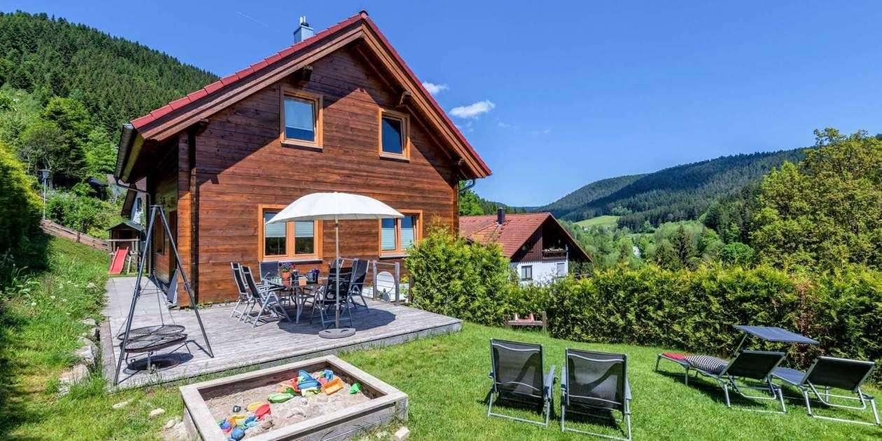Wellness ferienhaus und ferienwohnung mit sauna im schwarzwald for Ferienwohnung im schwarzwald